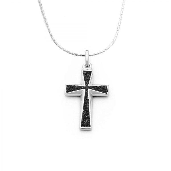 "P3137-Zilveren kruisje-crucifix ""Lava zandkruis"" opgevuld met zwart lavazand - Zilverjutter"