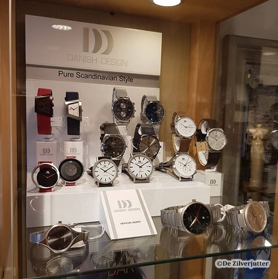 een kijkje bij de horloges van Danish Design bij De zilverjutter