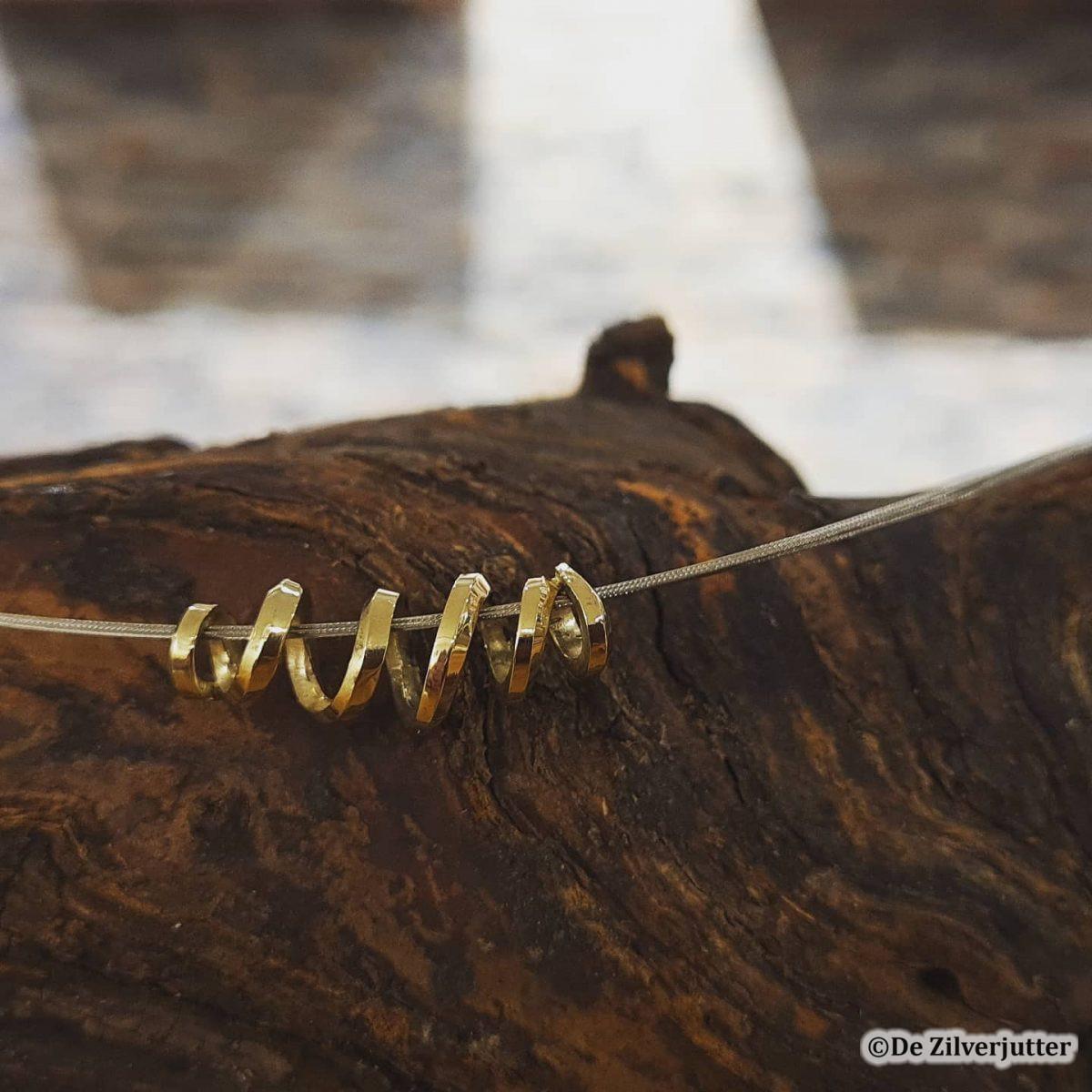spiraalhanger goud